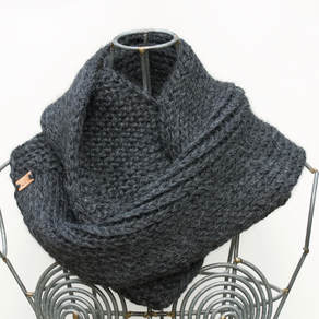 SOPHIE hand knit Peruvian alpaca wool cowl in charcoal
