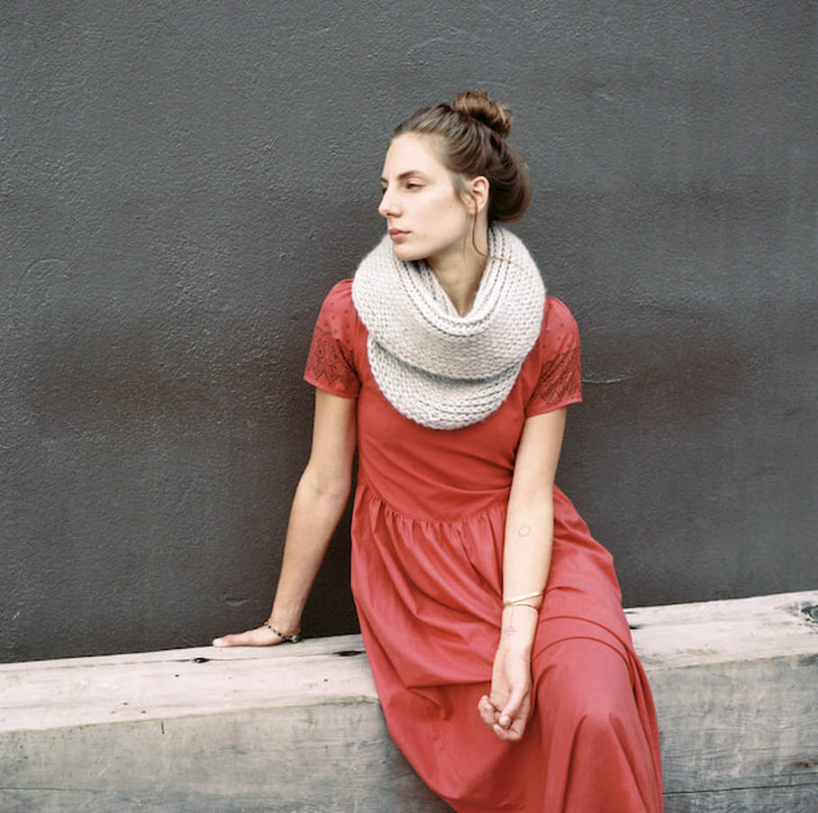 SOPHIE in sterling, hand knit with Peruvian alpaca wool by zedhandmade.com