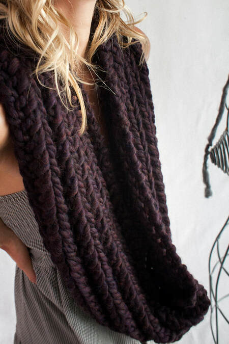 RIVA GRANDE hand knit wool infinity scarf in aubergine