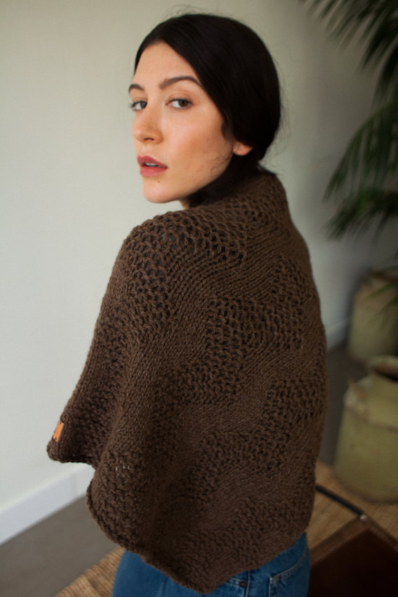 LUCE Warmer hand knit wool poncho in brown-sheep brown