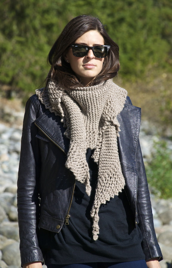 Phin wool scarf putty